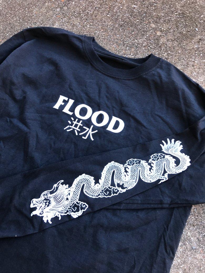 Flood Enter Dragon shirt black